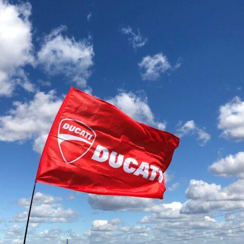 Заказать флаг с логотипом